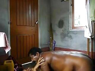मेरे लंड पर उछलती सेक्सी वीडियो हिंदी मूवी में सेक्सी लैपडांसर