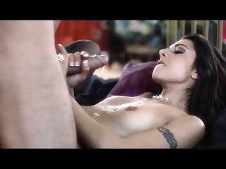 विक्टोरिया द्वितीय सेक्सी वीडियो हिंदी में मूवी