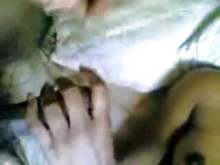हस्तमैथुन और स्क्विर्टिन्ग सेक्सी फुल मूवी वीडियो में
