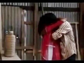स्कीनी गोरा एक महान काम सेक्सी हिंदी मूवी वीडियो में कर रही है