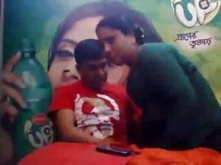 नीना एच क्लासिक लीबियन दृश्य हिंदी में फुल सेक्स मूवी