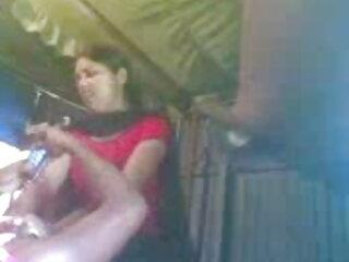 लेडी रॉक्स सेक्सी मूवी वीडियो हिंदी में