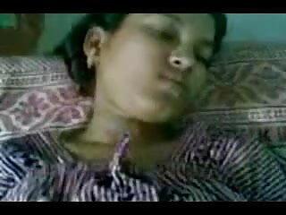 रेडहेड पत्नी की चूत और गांड हिंदी में सेक्सी मूवी की चुदाई