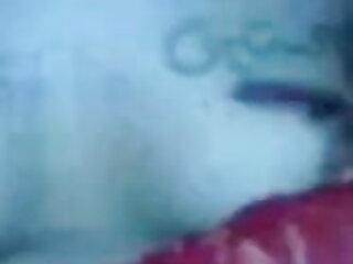 इस लूट चिकी को सेक्सी मूवी हिंदी में वीडियो पीछे से पकड़ा