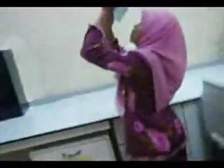 बिग गधा सेक्सी हिंदी मूवी वीडियो में एशियाई डिक लेता है