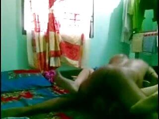 बिल्कुल पसंदीदा! हिंदी में फुल सेक्सी फिल्म (वह रूसी में बताती है, 'मैं विकृत!')
