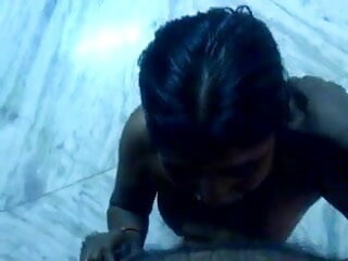 उसकी स्कूली छात्रा हिंदी में सेक्सी वीडियो फुल मूवी से बाहर बकवास करने के लिए छीन लिया