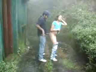 रेडहेड सेक्सी मूवी इंग्लिश में लड़की के साथ खेला