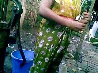 स्टॉकिंग्स में बालों वाली रेडहेड नानी ने LST को गड़बड़ हिंदी में सेक्सी फुल मूवी किया