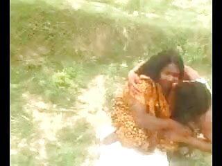 बिग उल्लू समलैंगिक यौन संबंध फुल सेक्सी फिल्म वीडियो में