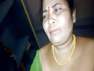 टैटू हिंदी में सेक्सी मूवी गर्लफ्रेंड हो जाता है गड़बड़ पर एक किचन टेबल