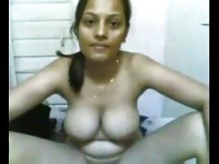 मैंने सिर्फ अपनी प्रेमिका को हिंदी में सेक्सी फिल्म मूवी धोखा देते हुए पाया