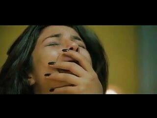 गर्म 85 सेक्सी हिंदी मूवी में